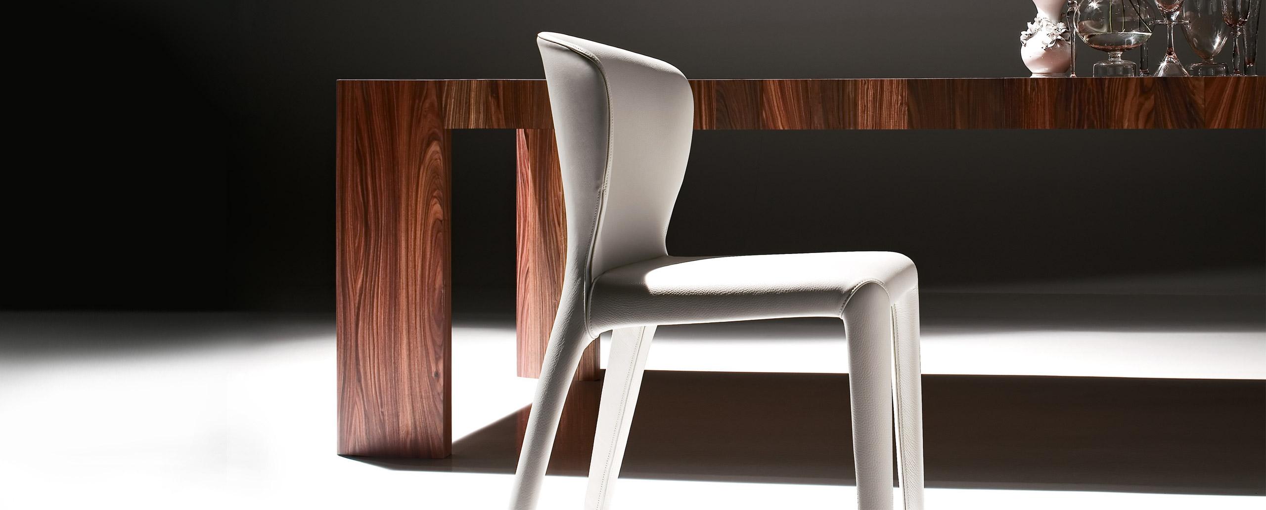 tables et chaises meubles design mobilier et luminaires del mont porrentruy moutier jura. Black Bedroom Furniture Sets. Home Design Ideas